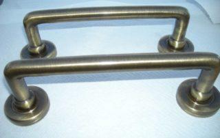Maniglie in metallo brunito